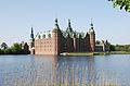 Frederiksborg Castle and boat.jpg