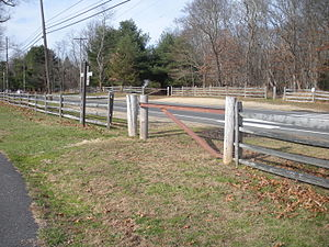 Edgar Felix Bikeway - Trail crossing Atlantic Avenue
