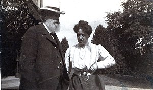 Friedrich Baumfelder - Friedrich Baumfelder (left) with his wife Emma on a trip in England.