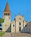 Fronte Abbazia San Pietro (San Bonifacio).jpg