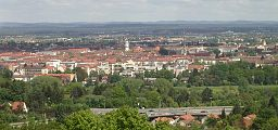 """Fürth (Südstadt and Dambach) as seen from the """"Alte Veste"""" (Zirndorf), from south-west. The Tower in the middle belongs to the neo-baroque St. Paulus ..."""