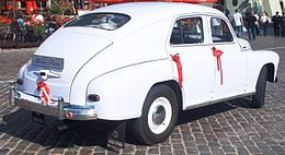 "GAZ-M-20 ""Pobeda"" in Warszawa ceremonial events (rear view).jpg"