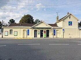 Gare de domont wikip dia for Domon france