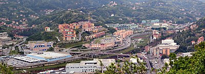 I centri commerciali sorti sull'area della raffineria ERG a San Biagio