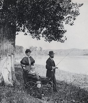 Huntley, Montana - George N. Smith and family at the Yellowstone River, Huntley, Montana, 1881