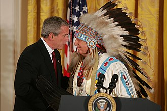 Ben Nighthorse Campbell - Campbell with President George W. Bush in 2004