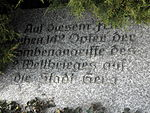 Gera Ostfriedhof Tafel Bombenopfer 3.JPG
