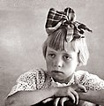 Girl wth bow.jpg