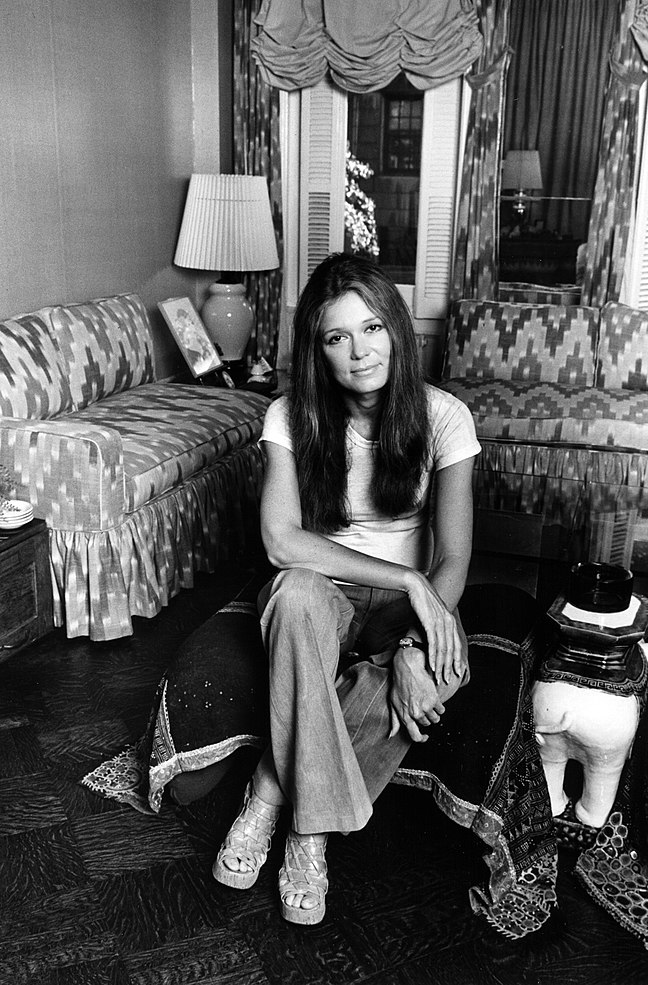 Gloria Steinem 1977 ©Lynn Gilbert
