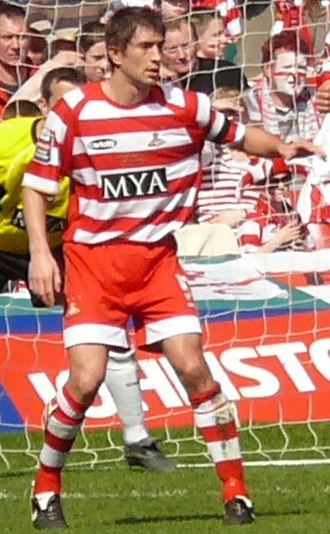 Graeme Lee (footballer) - Lee playing for Doncaster Rovers