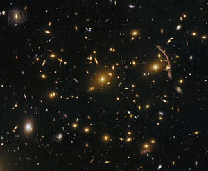 Gravitational lensing in the galaxy cluster Abell 370 (captured by the Hubble Space Telescope).jpg