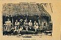 Groupe de wallisiens devant leur fale (Kersaint) début XXe s.jpg