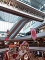HK 中環 Central IFC Mall 商場 聖誕節 interior footbridge November 2018 SSG.jpg