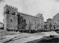 Hauser y Menet (1892) Alcalá de Henares, Archivo General Central, fachada este.png