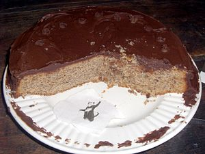 Butter cake - Image: Hazelnut brown butter cake