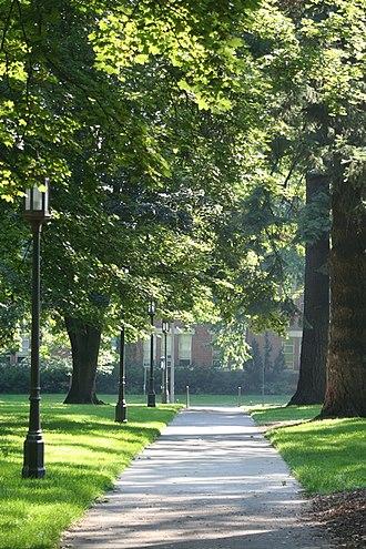 University of Idaho - Hello Walk.