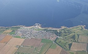 Hopeman From Above - geograph.org.uk - 936853.jpg