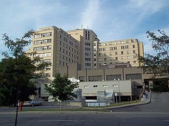 Hôpital Maisonneuve-Rosemont - Image: Hopital Maisonneuve Rosemont 04