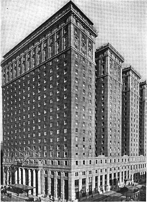 Statler and Waldorf - Image: Hotel Pennsylvania, NY (external view, ca 1919)