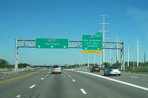 Interstate 290 (New York) - I-290 westbound near I-990
