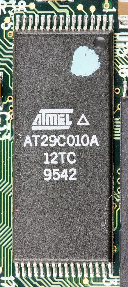 TSOP type I: Atmel AT29C010A IBM PCMCIA Data-Fax Modem V.34 FRU 42H4326 - Atmel AT29C010A-9352.jpg