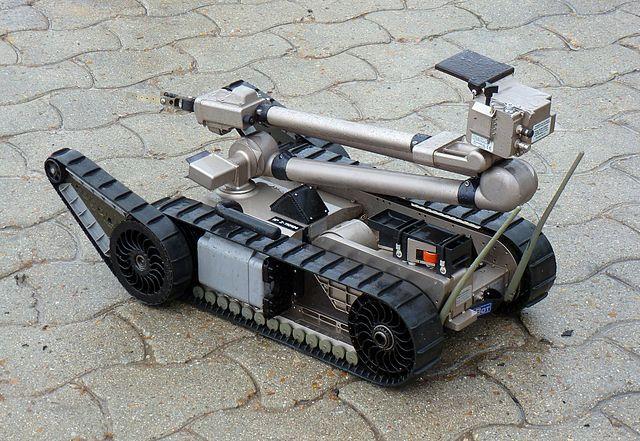 640px-IRobot_PackBot_510_E.T..JPG