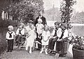 IV. Károly és családja.jpg