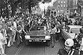 In de auto zittend v.l.n.r. Swart, Michels en Vasovic, Bestanddeelnr 924-6152.jpg