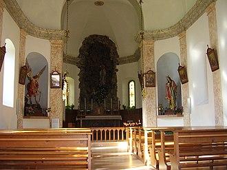 Cappella della Beata Vergine di Lourdes - Image: Interno chiesa di Grava