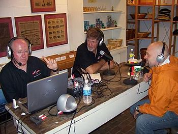 English: Tom and Dave of KAPS Paranormal Radio...