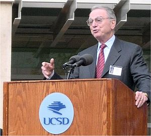 """Irwin M. Jacobs - Irwin Jacobs speaking during dedication of the Computer Science and Engineering Building and """"bear"""" sculpture at UCSD in 2005."""