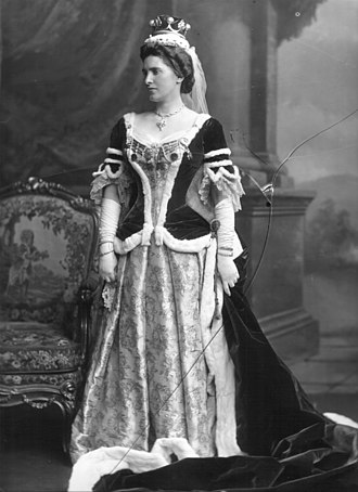 Archibald Kennedy, 3rd Marquess of Ailsa - Isabella, Marchioness of Ailsa, née MacMaster, photographed 11 August 1902.