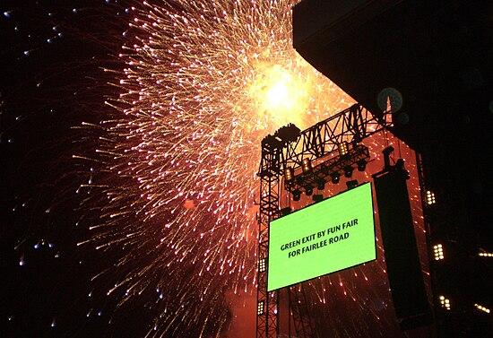 Isle of Wight Festival 2007 fireworks.JPG
