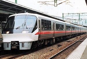 Ariake (train) - Image: J Rkyusyu 783 ariake kuro 782