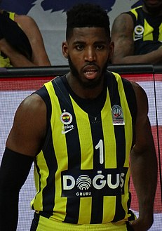 Jason Thompson 1 - FB Dogus 20171224 (cropped).jpg