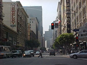 Jewelry District (Los Angeles) - Street level in the Jewelry District, on Seventh Street, facing West and the Financial District
