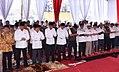 Jokowi salat Aksi 2 Desember.jpg