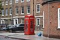 K2 telephone kiosk, St Thomas Street, London.jpg