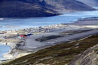 Kangerlussuaq Airport - Image: Kangerlussuaq Airport in 2010 (2)