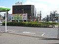 Kawama-station-southexit-rotary.jpg