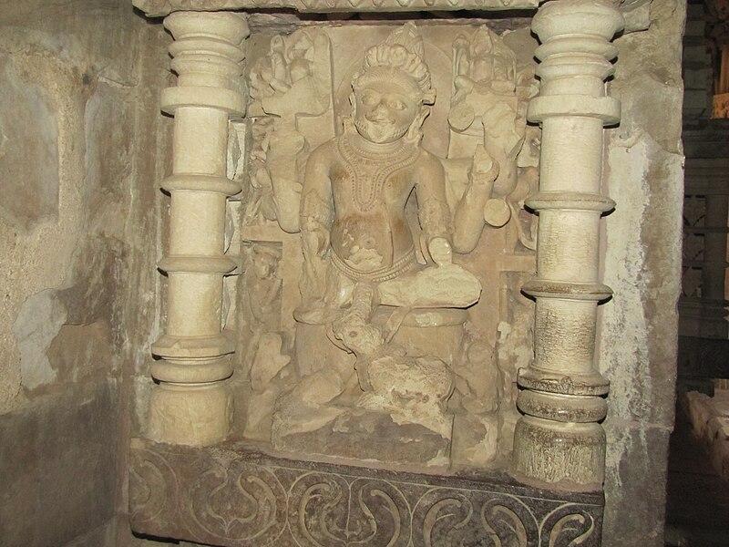 Description Khajuraho India  Kandariya Mahadev Temple Sculpture JPGKandariya Mahadeva Temple Inside