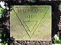 Kissenstein Otto Marquardt Ehrenhain FriedhofOhlsdorf.jpg
