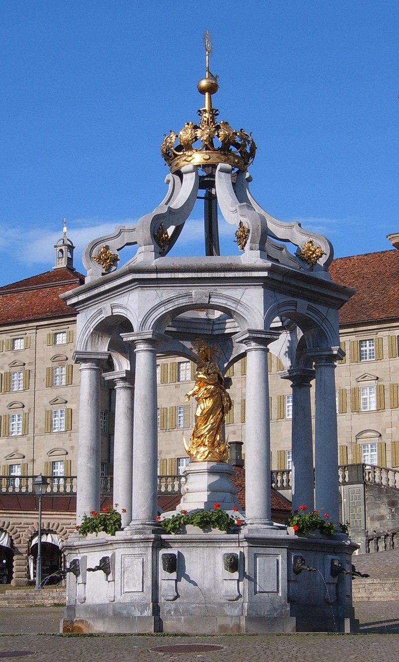 Bon Dimanche 800px-Kloster_Einsiedeln_Frauenbrunnen