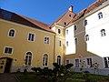 Kloster Lankowitz Gebäude 2.jpg