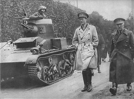 Leopold III, Belgium's monarch from 1934, reviewing Belgian troops in early 1940 Leopold III-1940-revue-01.jpg