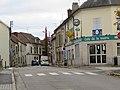 L1459 - Rue du Maréchal Foch de Flins-sur-Seine.jpg