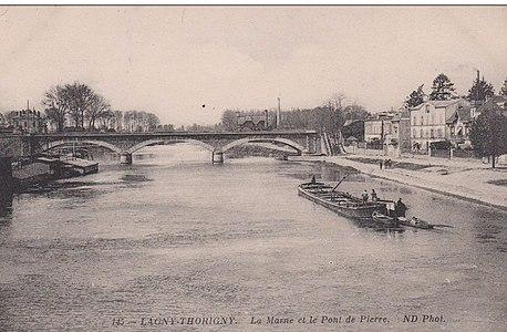 L2028 - Lagny-sur-Marne - Pont de Pierre.jpg
