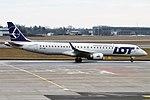 LOT, SP-LND, Embraer ERJ-195LR (46906570644).jpg