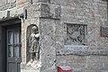 Landsberg am Lech Brudergasse Reliefs 906.jpg