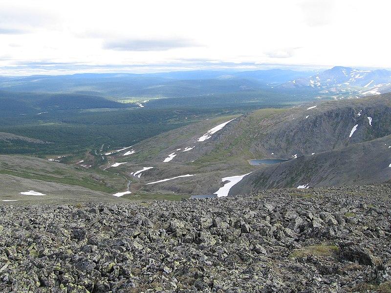 جبال الأورال 800px-Landscape_view_in_Circumpolar_Urals